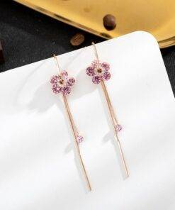 2020 New Korean temperament sweet shiny crystal flowers Women earrings joker Long tassels senior fashion Drop earrings Earrings Jewelry Items
